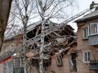 Поселок Корфовский, Хабаровский край, 29 октября 2015. Взрыв бытового газа в трехэтажном жилом доме